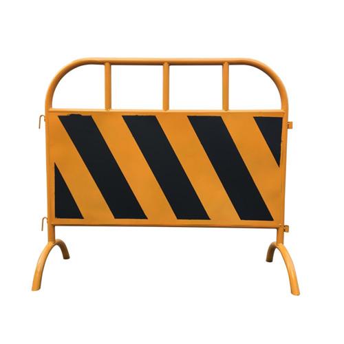 粤盾交通市政护栏铁制弯角铁马 安全围栏黄黑铁马隔离栏