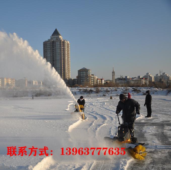 鸡西市手推式小型扫雪机停车场地面清雪机金尊厂家直销