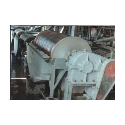 铂思特提高铁精选指标的干式磁选机选钛铁矿强磁选机高强磁磁选机