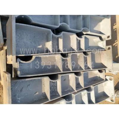 安徽防撞护栏支架制造商/泊泉机械性能稳定