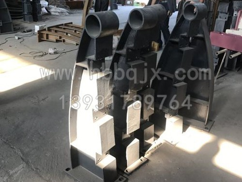 广西铸钢桥梁立柱厂价直供/泊泉机械安全可靠