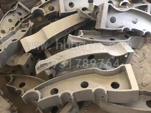 铸钢护栏立柱订制加工/泊泉机械制造有限公司