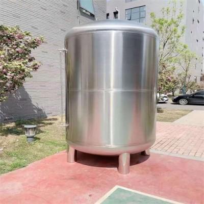 卧龙鸿谦无菌储液罐立式304不锈钢水罐 无菌纯水箱 材质纯正