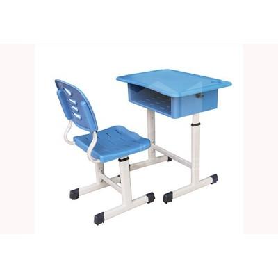 仲达塑胶 河北学生课桌椅经销商 塑钢升降课桌椅批发厂家