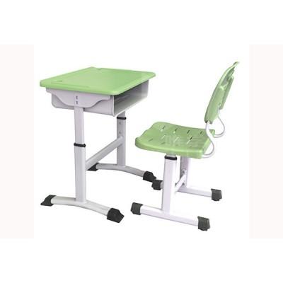 仲达塑胶 武汉学生课桌椅批发厂家 培训机构课桌椅